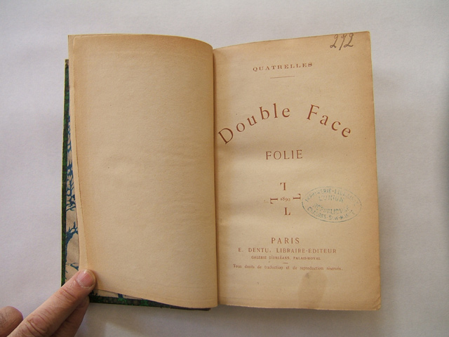 Double Face, titre marron